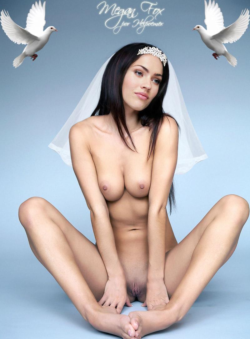 Megan Fox Milky boobs