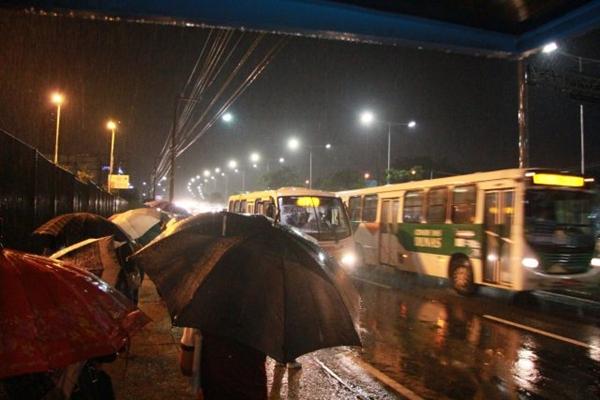 Volume de chuva das últimas 48h é maior que média de dezembro