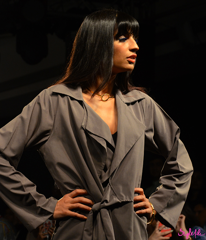 Singer Anushka Manchanda wear straight hair and fringe with blue eyelashes for designer Three at Lakme Fashion Week Summer Resort 2016 at St. Regis, Mumbai