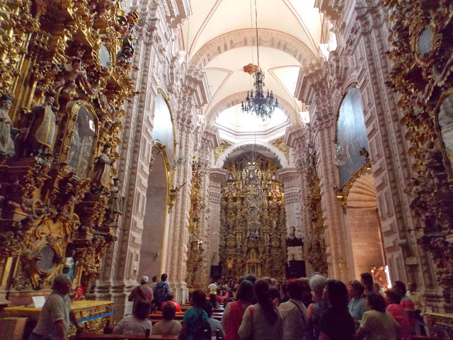 Interior Santa Prisca