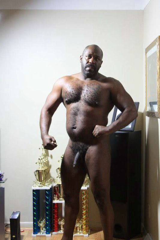 Black bisexual men in threesomes
