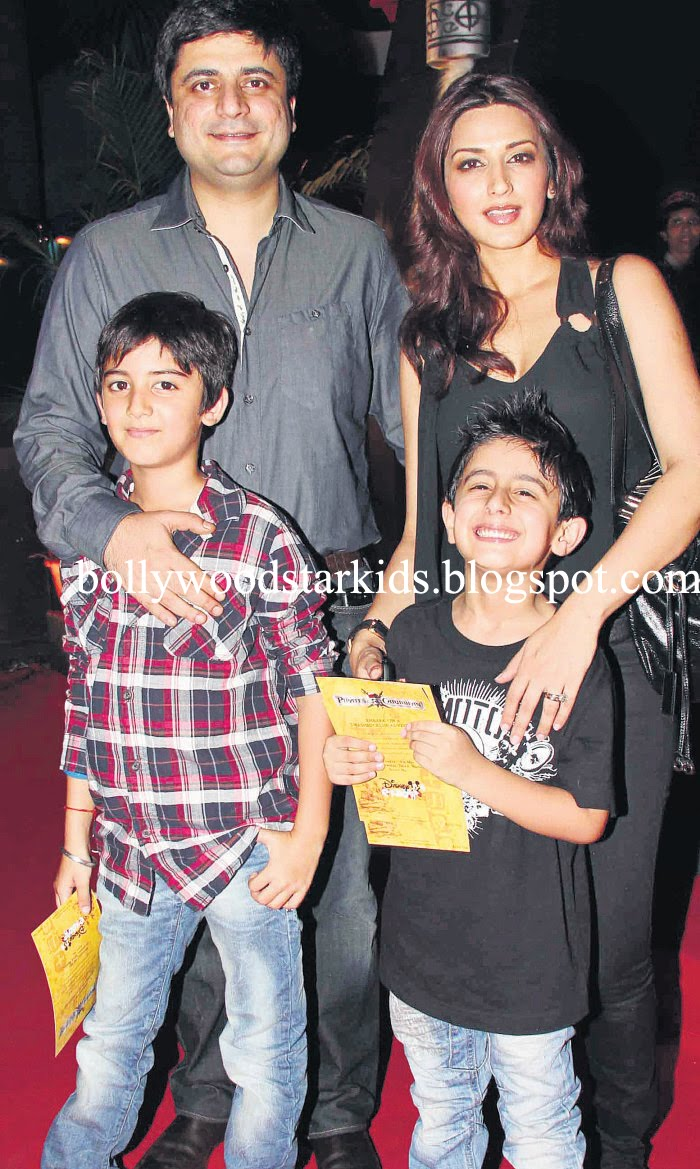Bollywood Star Kids: Sonali Bendre With Son Ranveer and ...