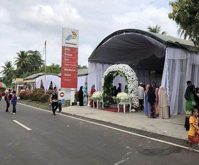14 Resepsi Pernikahan Unik Ini Cuma Ada di Indonesia