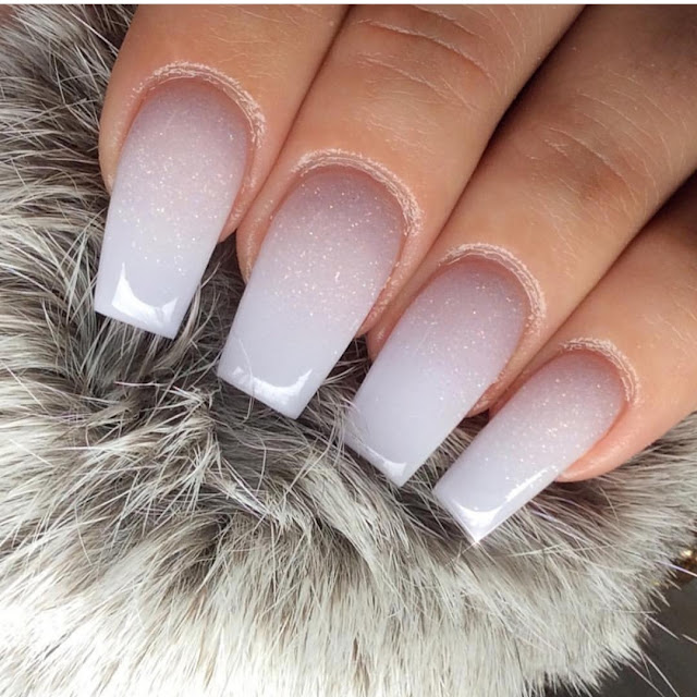Cute acrylic nail color ideas