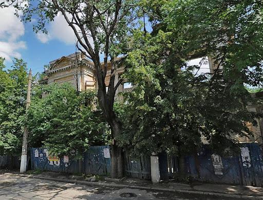 Дом №25 на улице Карла Маркса в Симферополе
