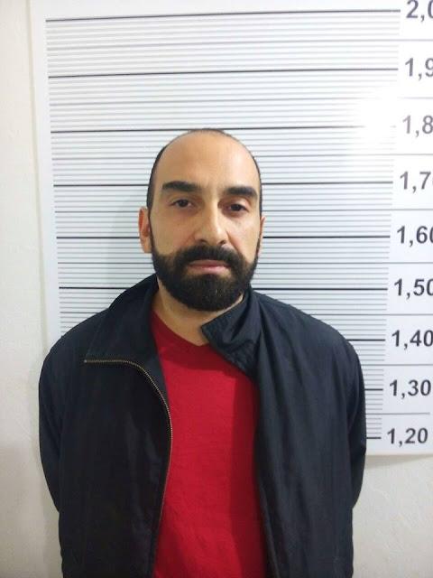 Professor Universitário é preso por tráfico de drogas após tentar fugir de blitz, na madrugada de sábado