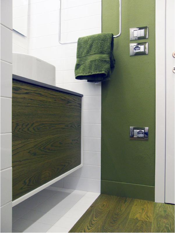 Un bagno funzionale elegante e minimal ispirato alla for Minimal architettura