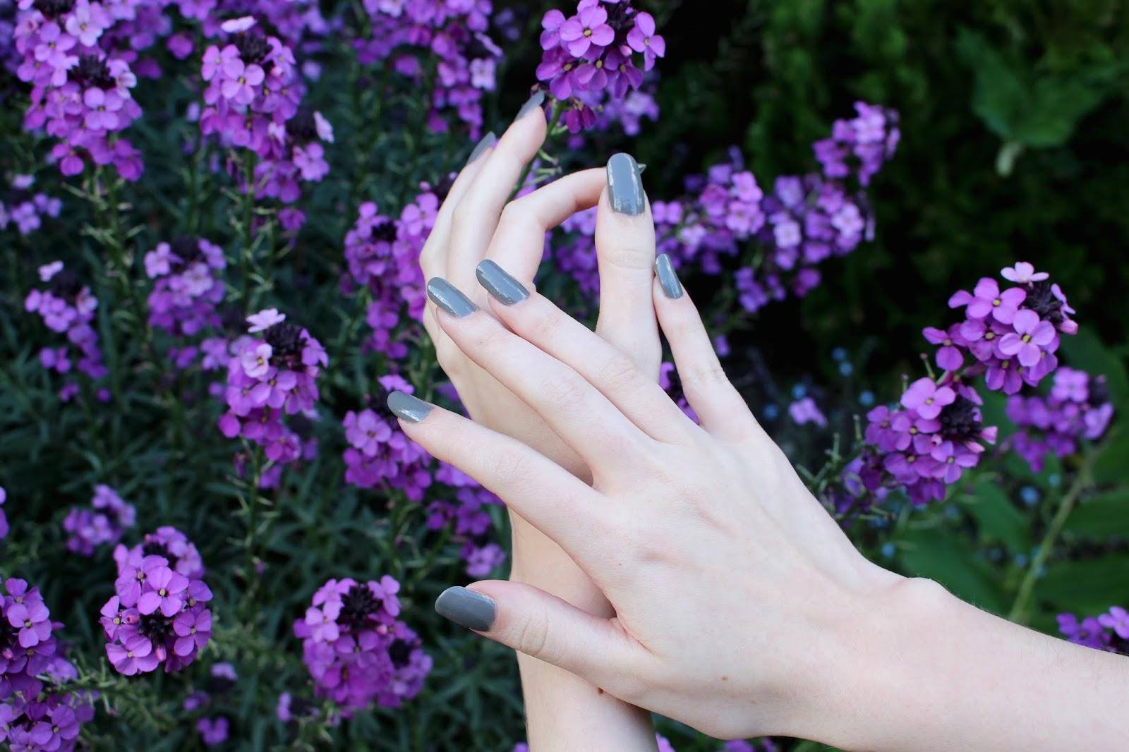 Jessica Nails Monarch 719 Grey