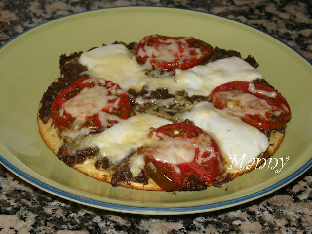 Pizza Con Harina De Garbanzos En Sartén