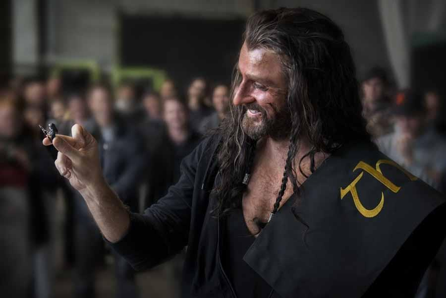 FLY HIGH!: READING THE HOBBIT IN SEARCH FOR THORIN - PART IV
