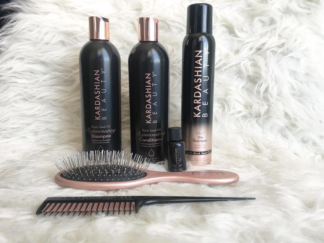 http://www.choupieandco.com/2016/08/kardashian-beauty-hair.html