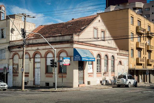 Casa na Alameda Cabral 371