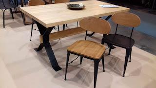 mesa comedor de forja y madera industrial