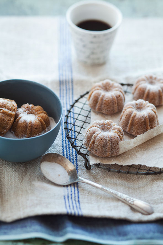 Pear, hazelnut and brown butter mini bundt cakes recipe | Cannelle et Vanille