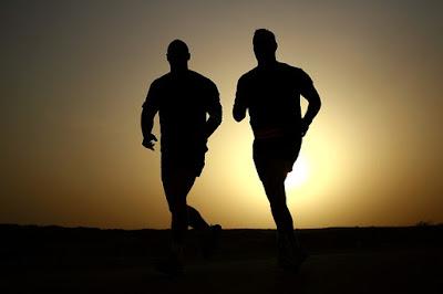 waktu olahraga yang tepat dan manfaatnya