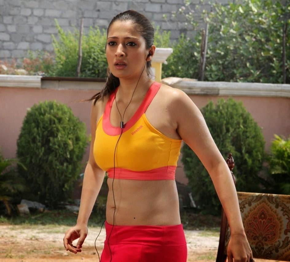 Kajal aggarwal exposing scene lakshmi kalyanam telugu movie part 3 kaly - 4 1