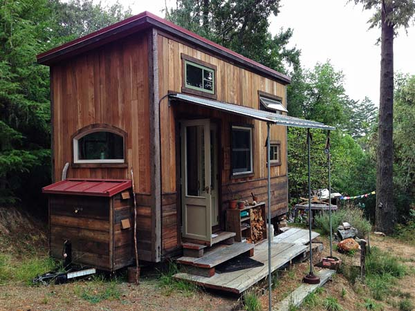 Tiny House Town Colin 39 S Coastal Cabin 144 Sq Ft