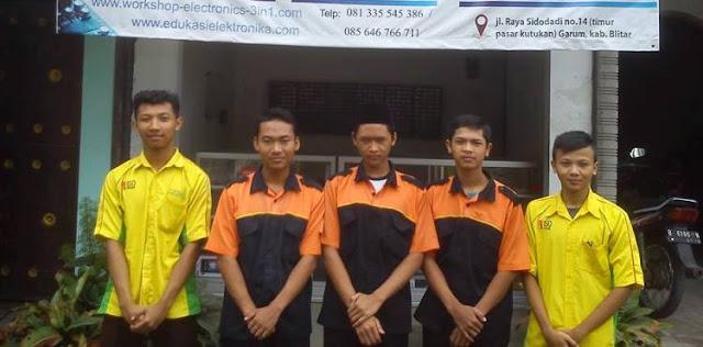Program Kerja Sama PRAKERIN (Praktek Kerja Industri) dari SMK Negeri 1 Blitar dan SMK Negeri 1 Nglegok