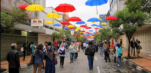 objek wisata Bandung Jalan Braga