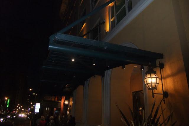 monaco-hotel モナコアキンプトンホテル