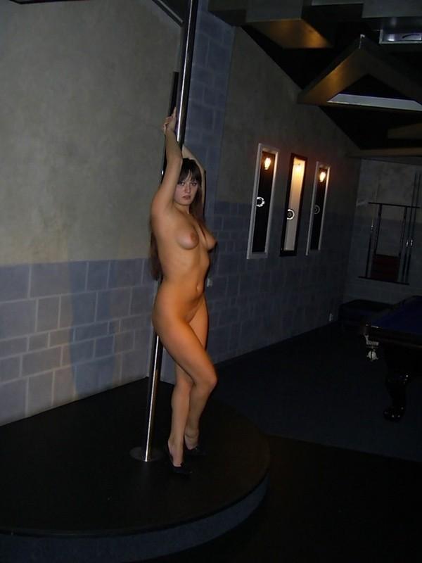 cewek bule penari striptis