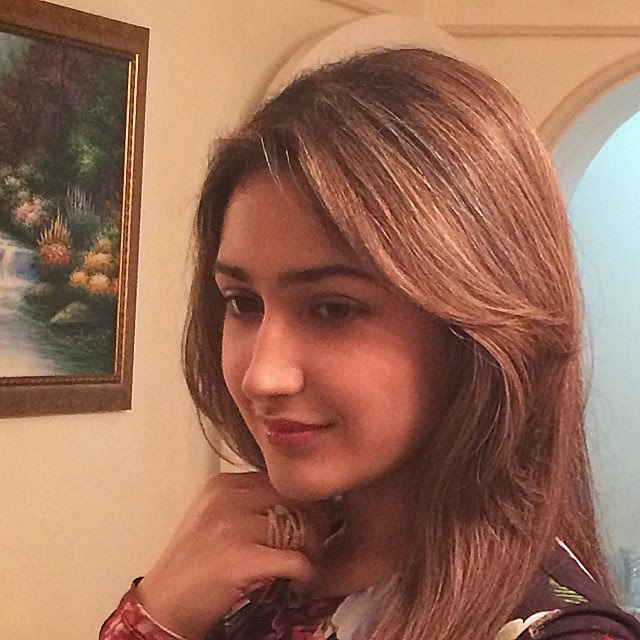 a touch of gold! fashion , dressy , dinner , girls , wearing , fusch i a , and , black , love ,, Actress Sayesha Saigal Hot Face Close Up Pics, Selfie Images