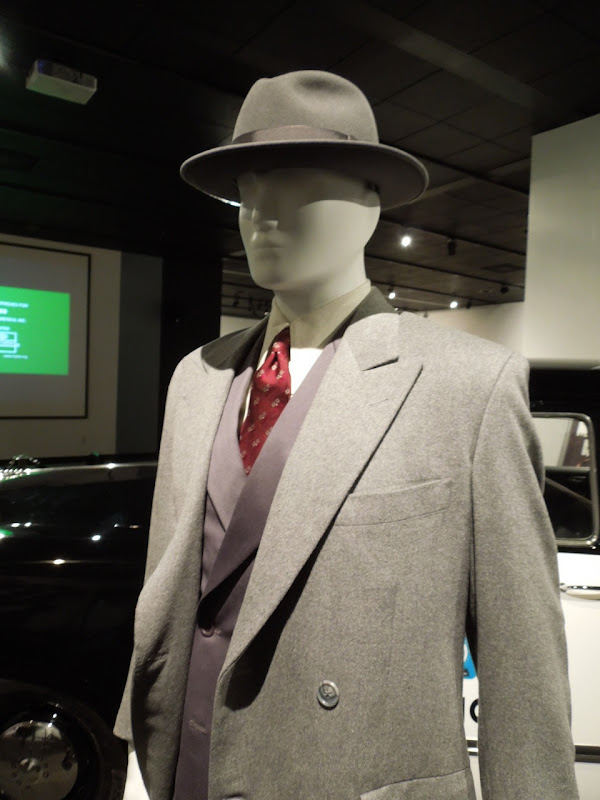 Sean Penn Gangster Squad costume