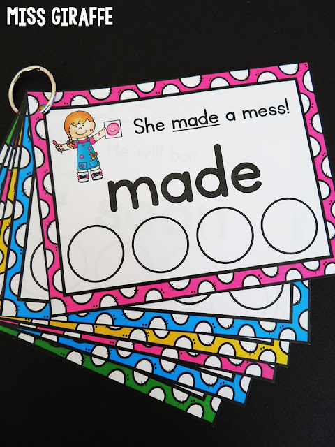 Sight words sentence cards on a ring so kids can grab the new sight words you're teaching that week and practice! A ton of ideas for how to use these cards at the link!