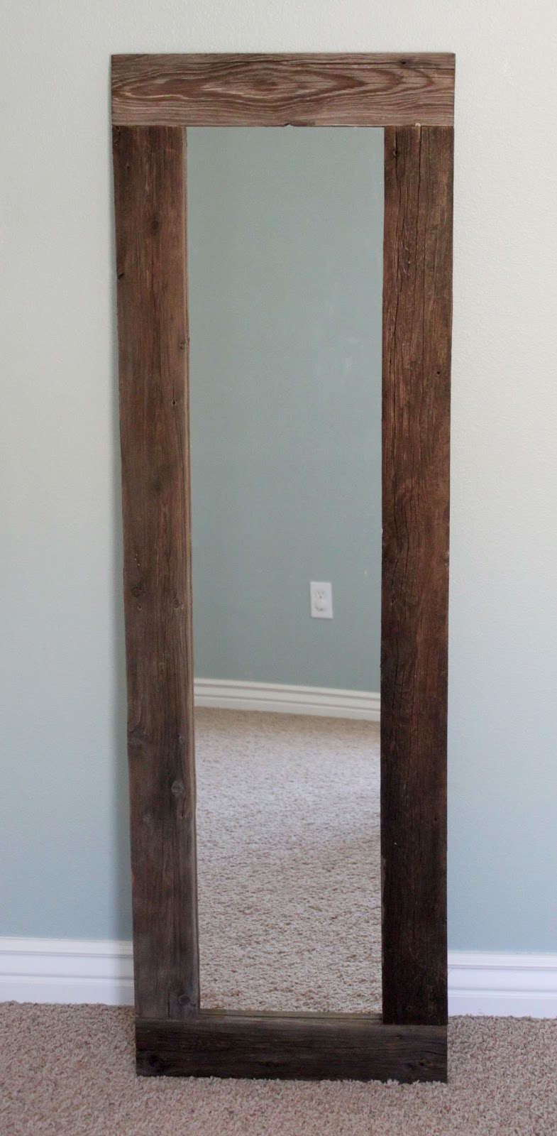 Mirror Frames For Bathrooms: Creatively Christy: DIY Reclaimed Wood Framed Mirror