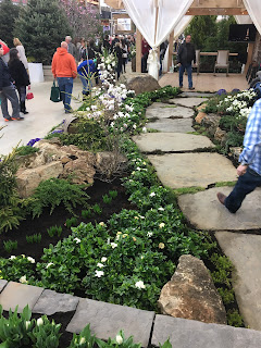 garden show path