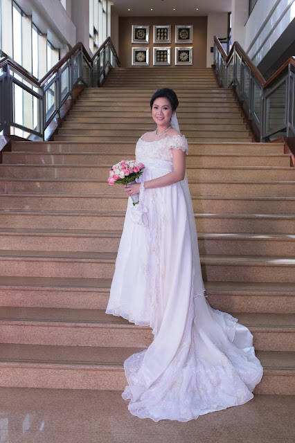 affordable wedding package cebu - bridal gown rent for pregnant