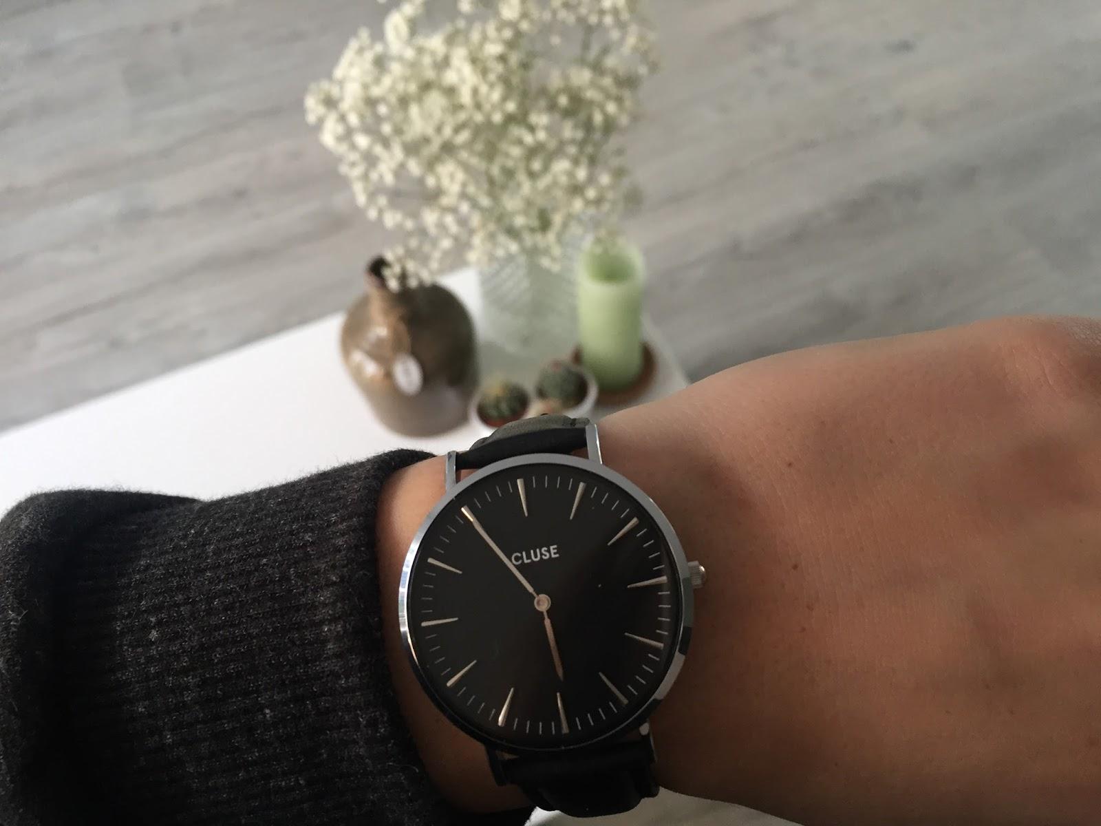 1b614f7be81 ... ik mijn eerste Cluse horloge en daar heb ik nu een tweede bij gekocht.  De horloges zijn eenvoudig, maar toch stijlvol. En ze passen overal goed  bij.