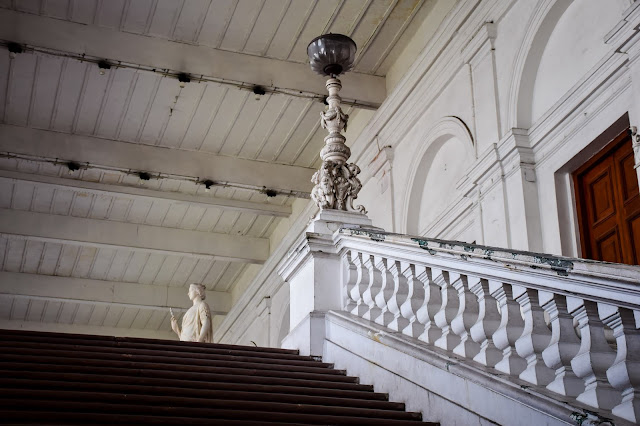 Corridors of the Indian museum kolkata