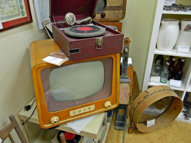 sprzęt domowy, telewizja, sprzęt grający, muzeum