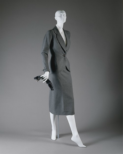 Suit displayed on mannequin from Christian Dior 1951 Spring/Summer 1951 Desiree line