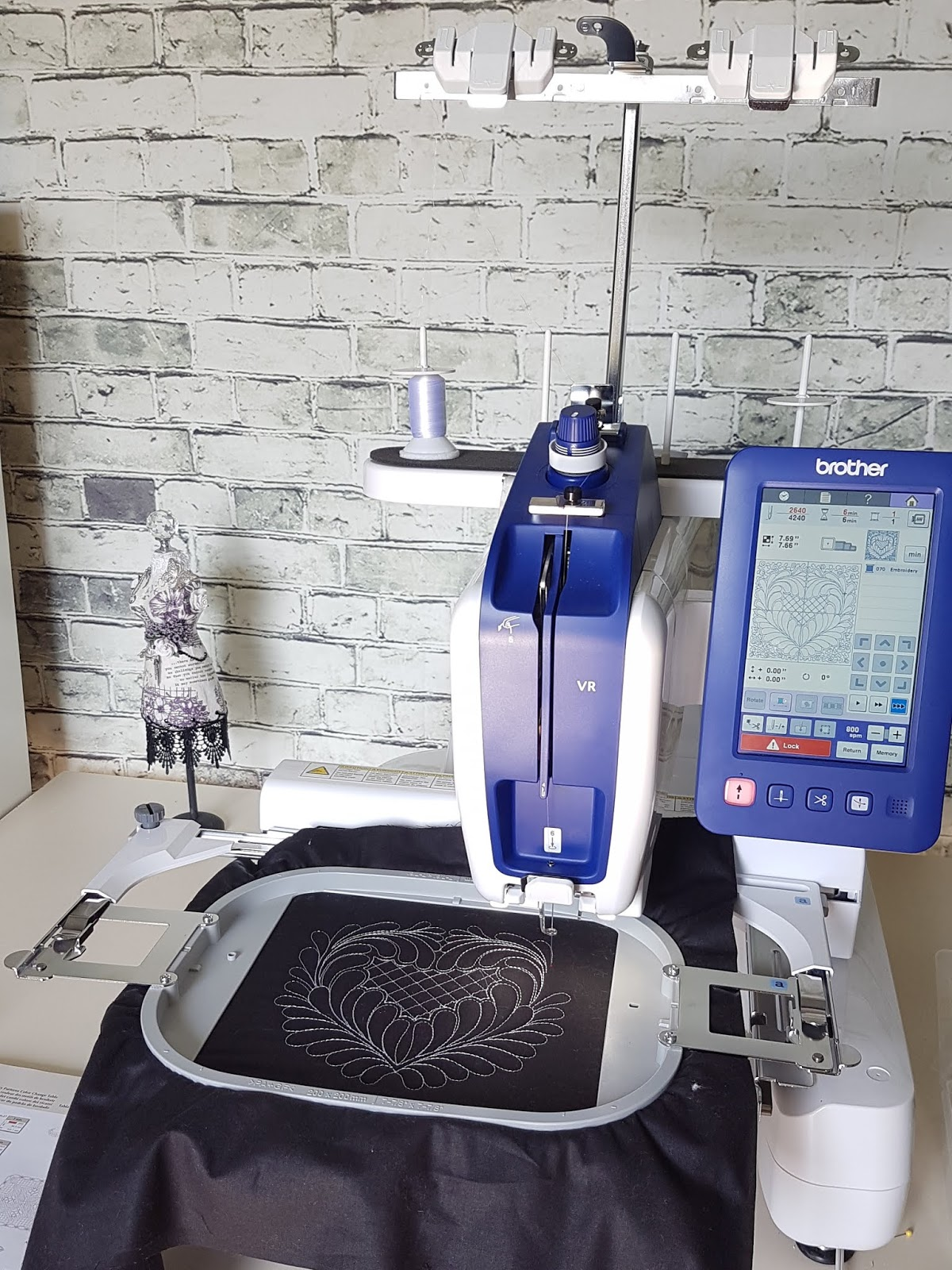 Brother VR Embroidery Sewing Machine Sewing Home & Kitchen gerakl24.ru