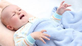 طرق علاج الإمساك عند الرضع بوصفات منزلية بسيطة