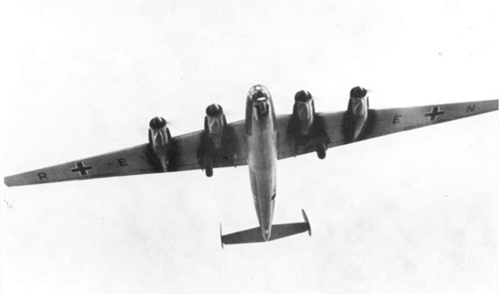 Me 264 V1 undergoing flight-testing.