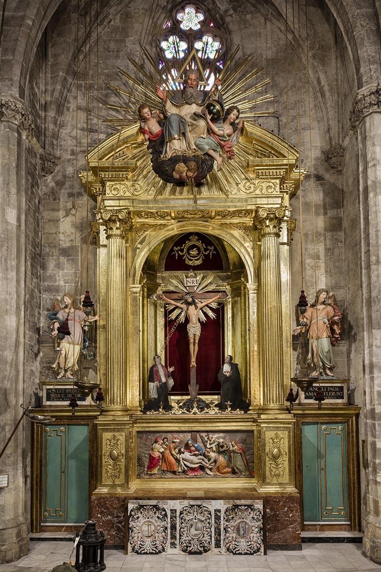 Retablo del Santo Cristo de la parroquia de Santa Eulalia restaurado