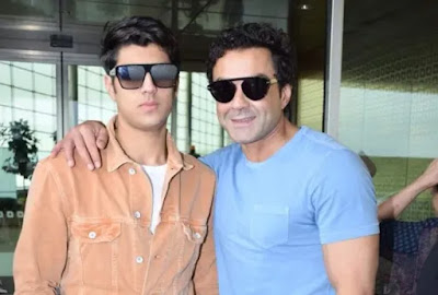 50 years old Bobby Deol shares his photo with Aryaman