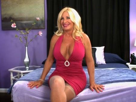 julia butt 50