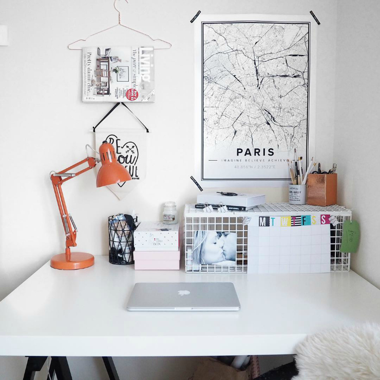 Parisian desk - Tumblr inspiration