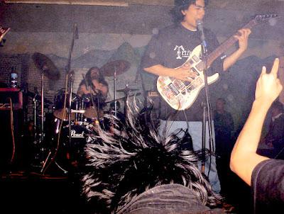 Banda de metal Colombiano en gira