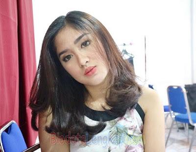Ochi Rosdiana, artis cantik, artis cantik indonesia, cewek tercantik