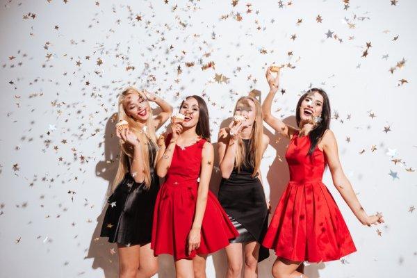 Pilihan Style Fashion yang Ingin Tampin Cantik dan Menawan Saat ke Pesta
