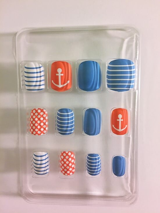 Sassy & Chic nautical nails