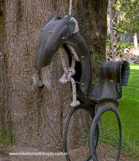 Juego de jardín hecho de material reciclado
