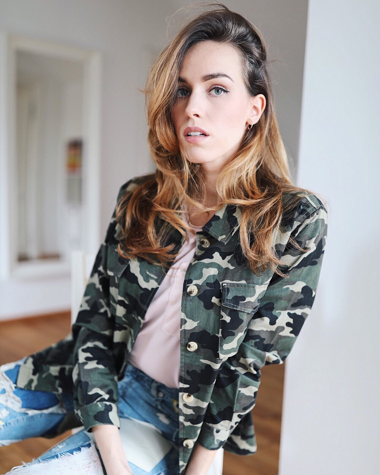 military jacket outfit spring