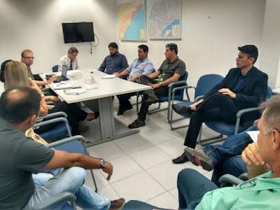 Reunião sobre o Conjunto Habitacional Agrochá 3, representantes da Prefeitura e da Caixa Econômica Federal
