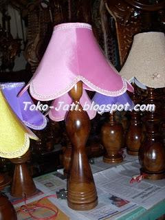 http://toko-jati.blogspot.com/2013/02/lampu-tidur-unik-kayu-jati.html